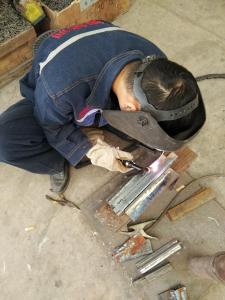 凡高博氩弧焊实操练习中
